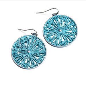 Women's Round Boho chic dangle earrings gift box